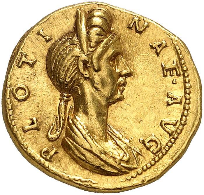 Plotine, épouse de Trajan et ...